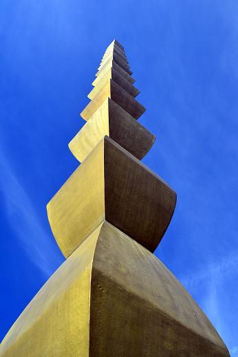 Despre verticalitate….